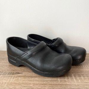 DANSKO Men's Professional Black Leather Clogs 42